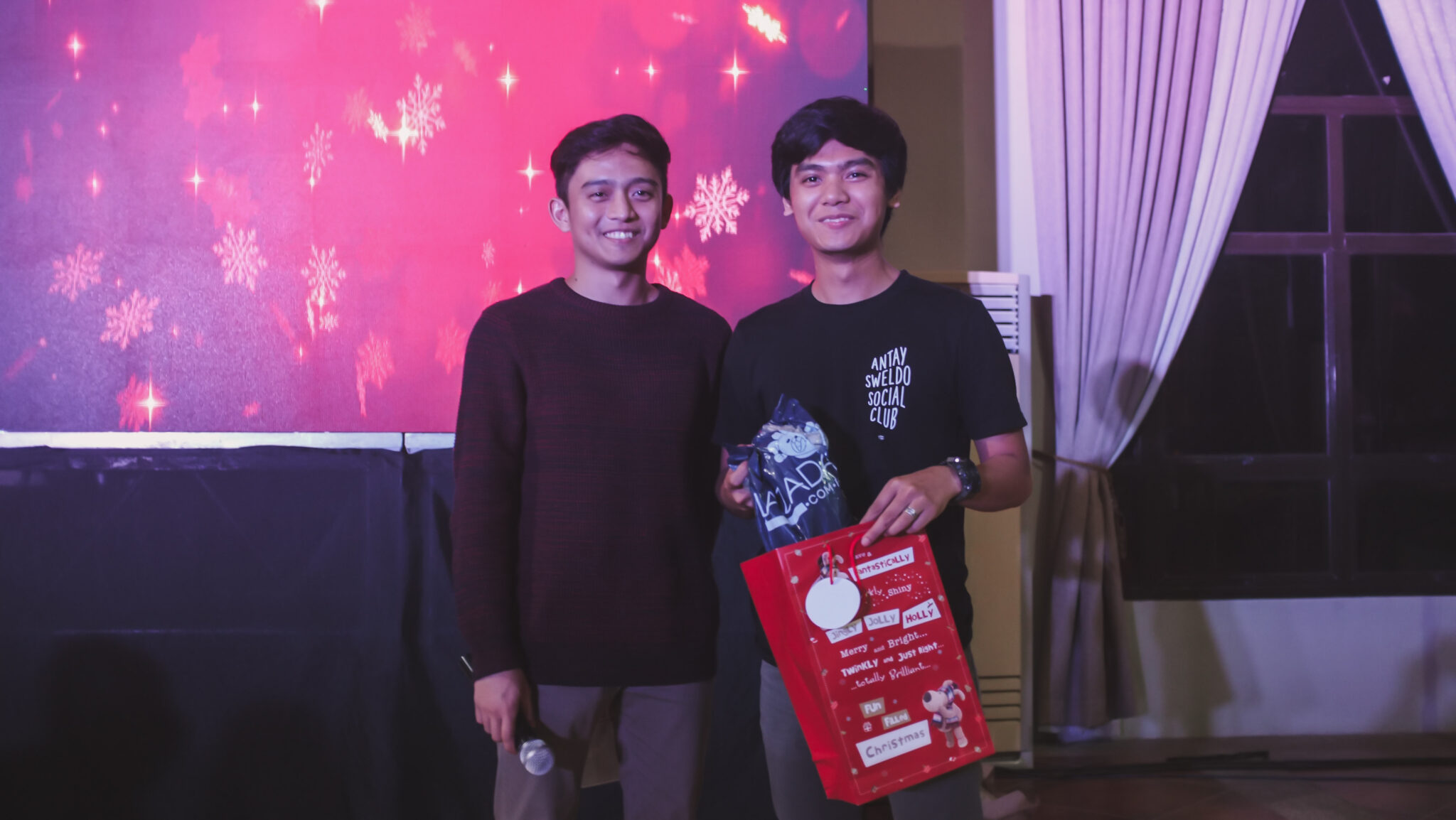 CHRISTMAS PARTY_2018-1584288 x 2416