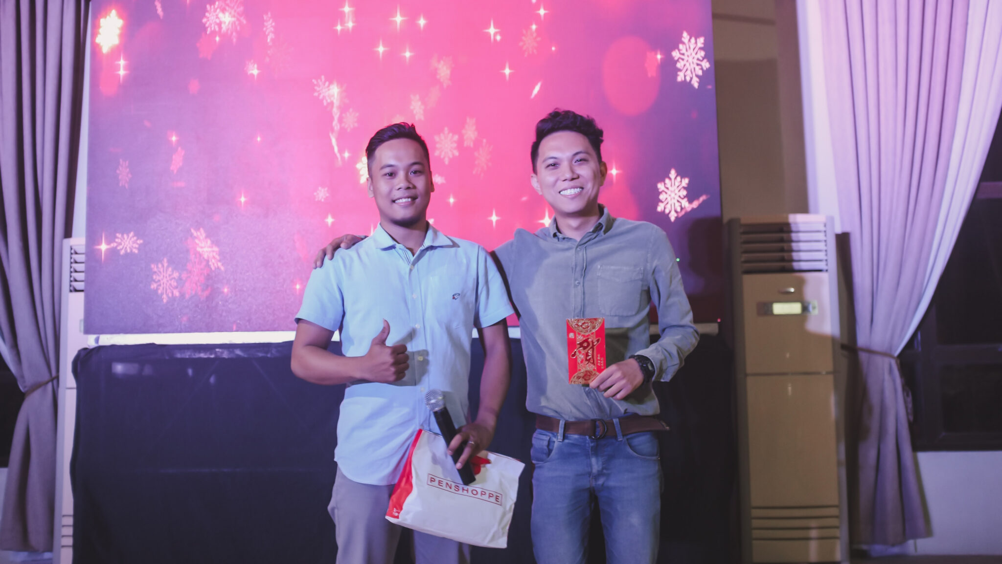 CHRISTMAS PARTY_2018-1804288 x 2416