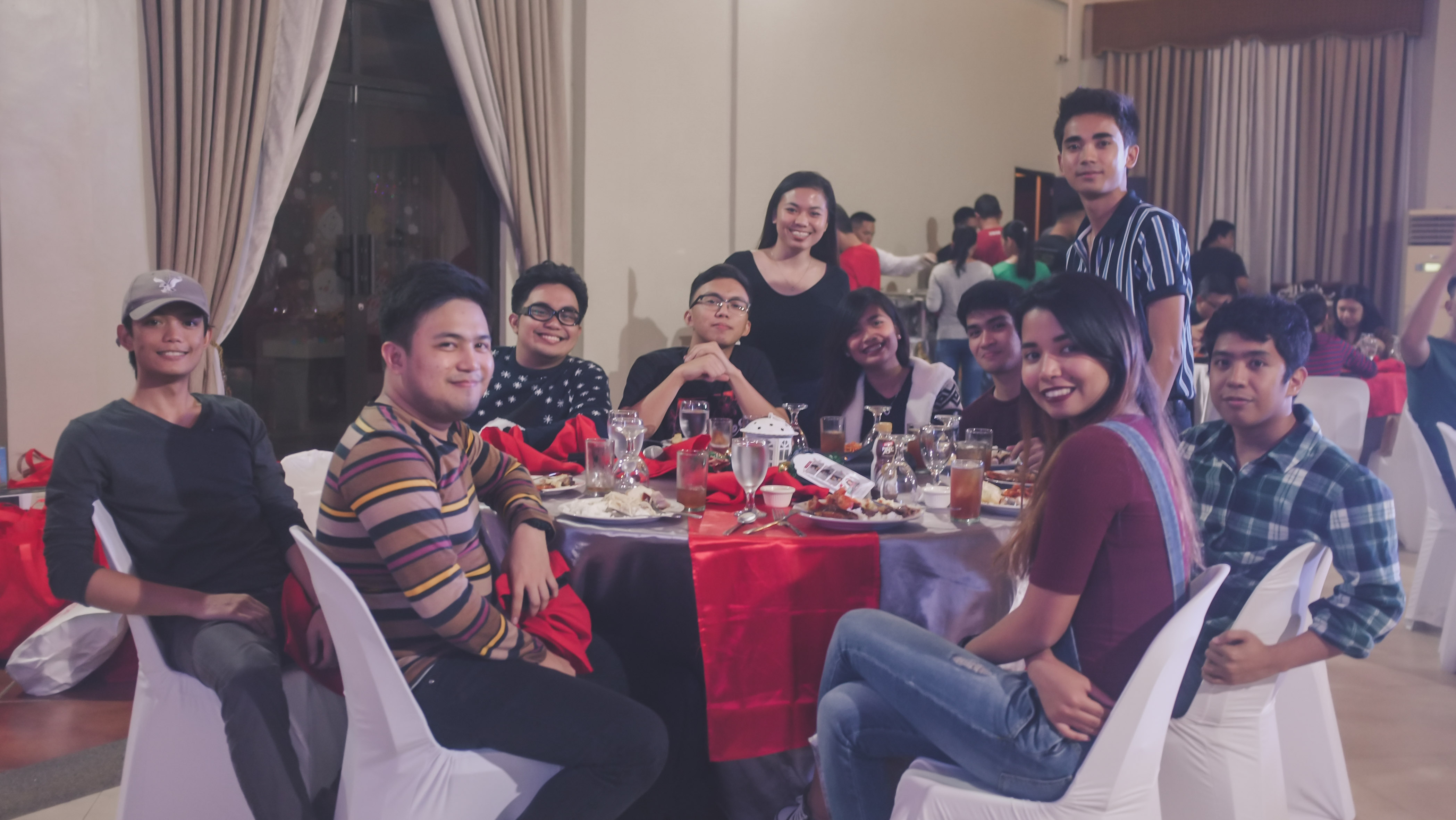 CHRISTMAS PARTY_2018-34288 x 2416