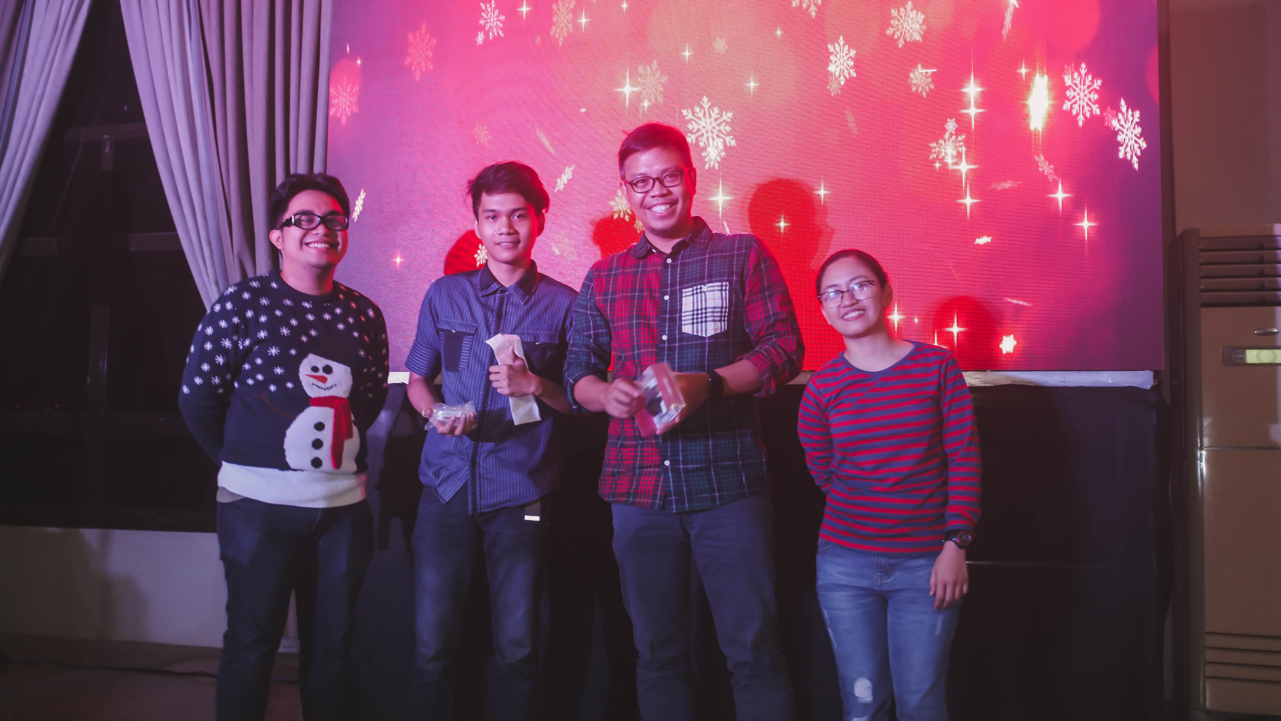 CHRISTMAS PARTY_2018-384288 x 2416