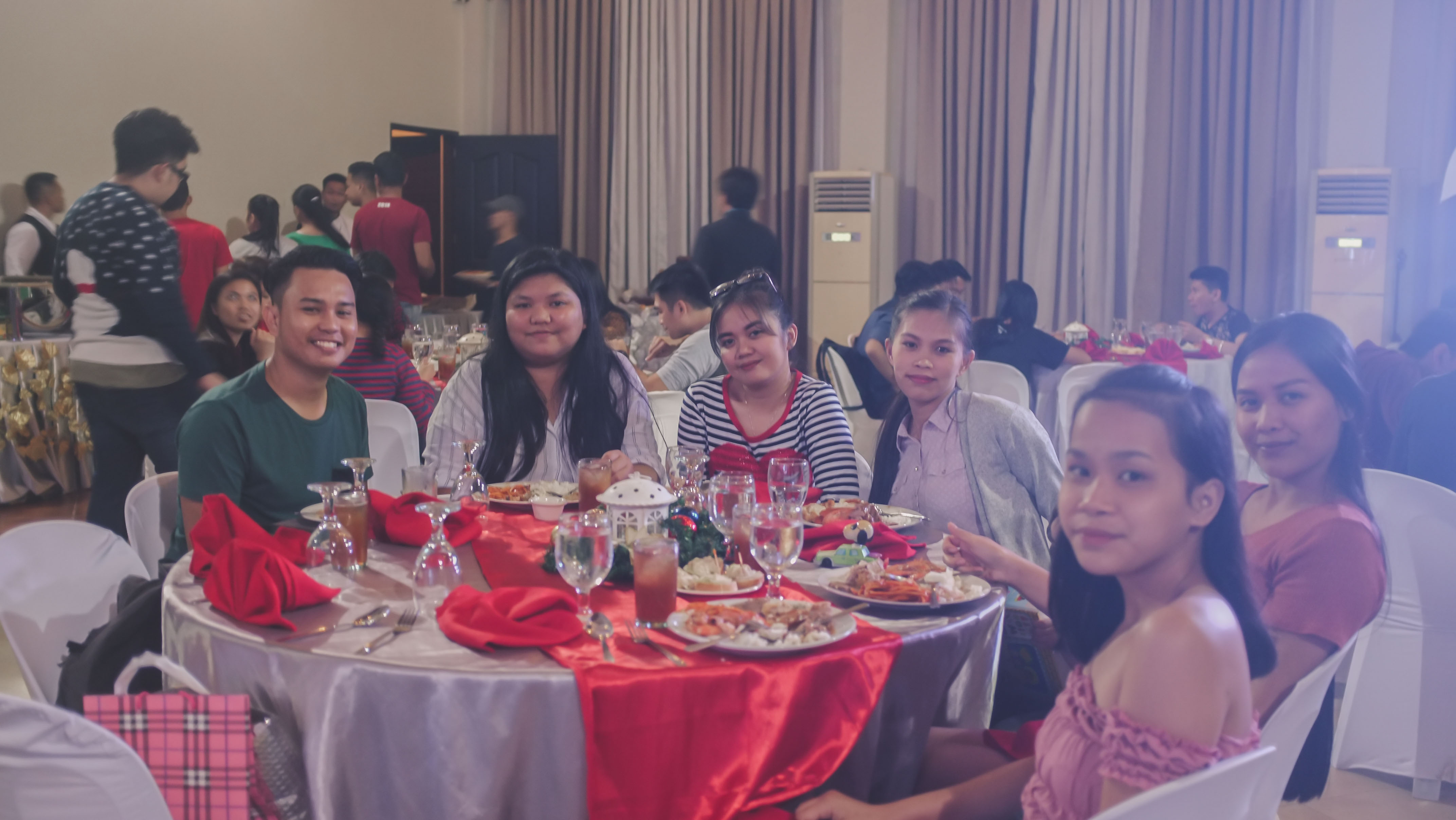 CHRISTMAS PARTY_2018-44288 x 2416