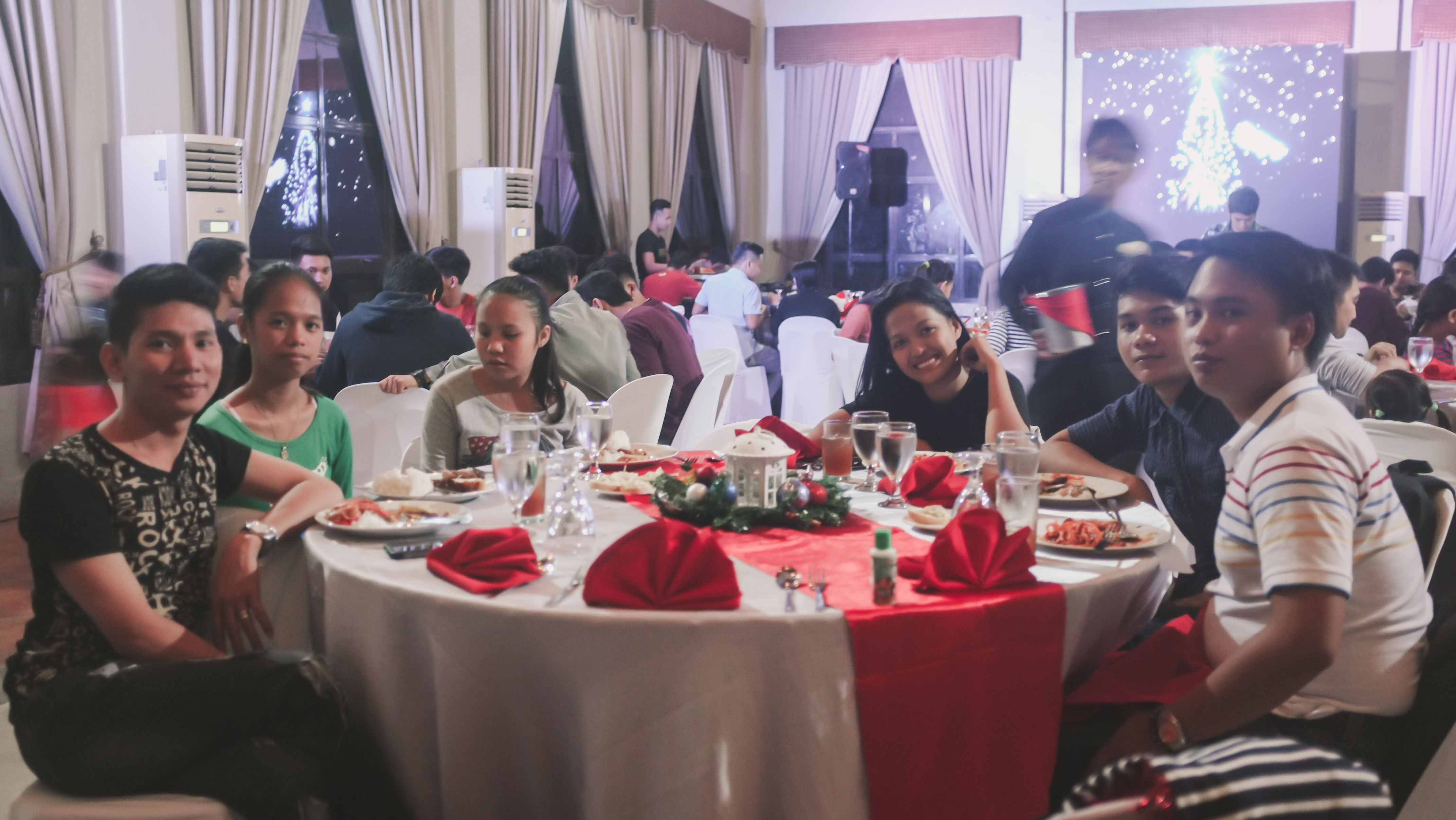 CHRISTMAS PARTY_2018-94288 x 2416